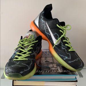 Kobe Bryant for Nike HANDLE LIFE sz 12